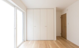 Closed folding doors in small space